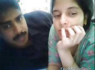 सींग का बना हुआ भारतीय शौकिया टीम के दो और उनके भाप से भरा लिंग वेबकैम पर