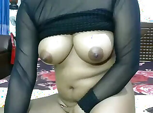 Panas seperti api webcam nympho mendedahkan dia seksi buah dada dan melancap